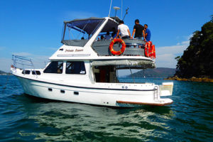 private_resort_resort_35_boat_for_hire_for_charter_sydney-1