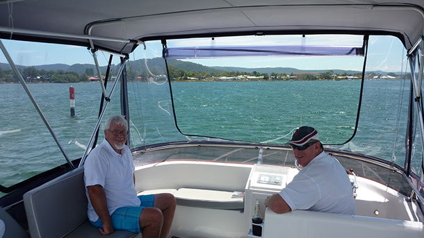 private_resort_resort_35_boat_for_hire_for_charter_sydney_pittwater_flybridge-1
