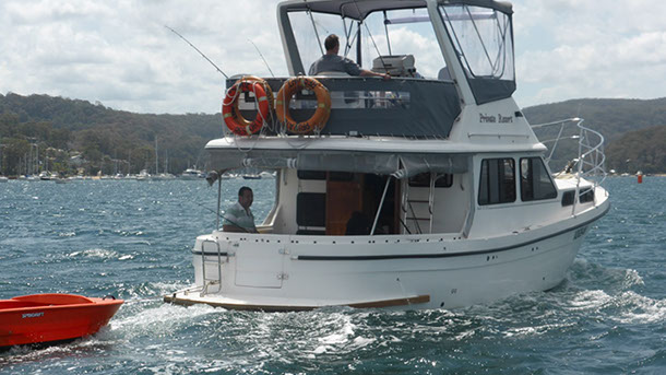 private_resort_resort_35_boat_for_hire_for_charter_sydney_pittwater_underway-1